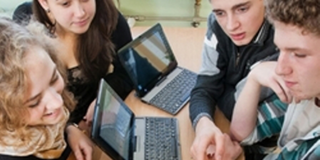 Moksleiviams mokytis padės naujos interneto svetainės