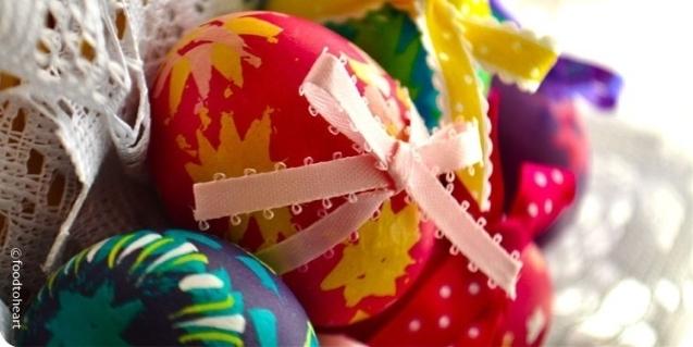 Ruošiamės Velykoms: kiaušinių dažymas natūraliais dažais ir įdomiais būdais