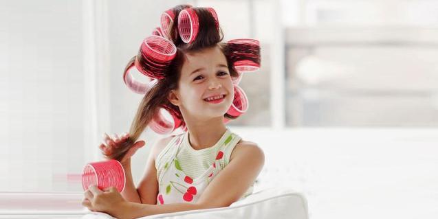 Mergaičių šukuosenų vadovas