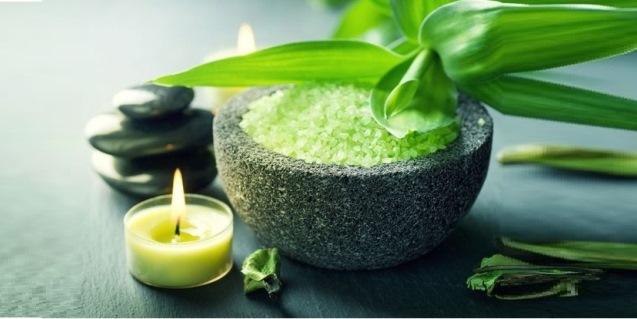 Kaip pasigaminti aromatinę vonios druską?